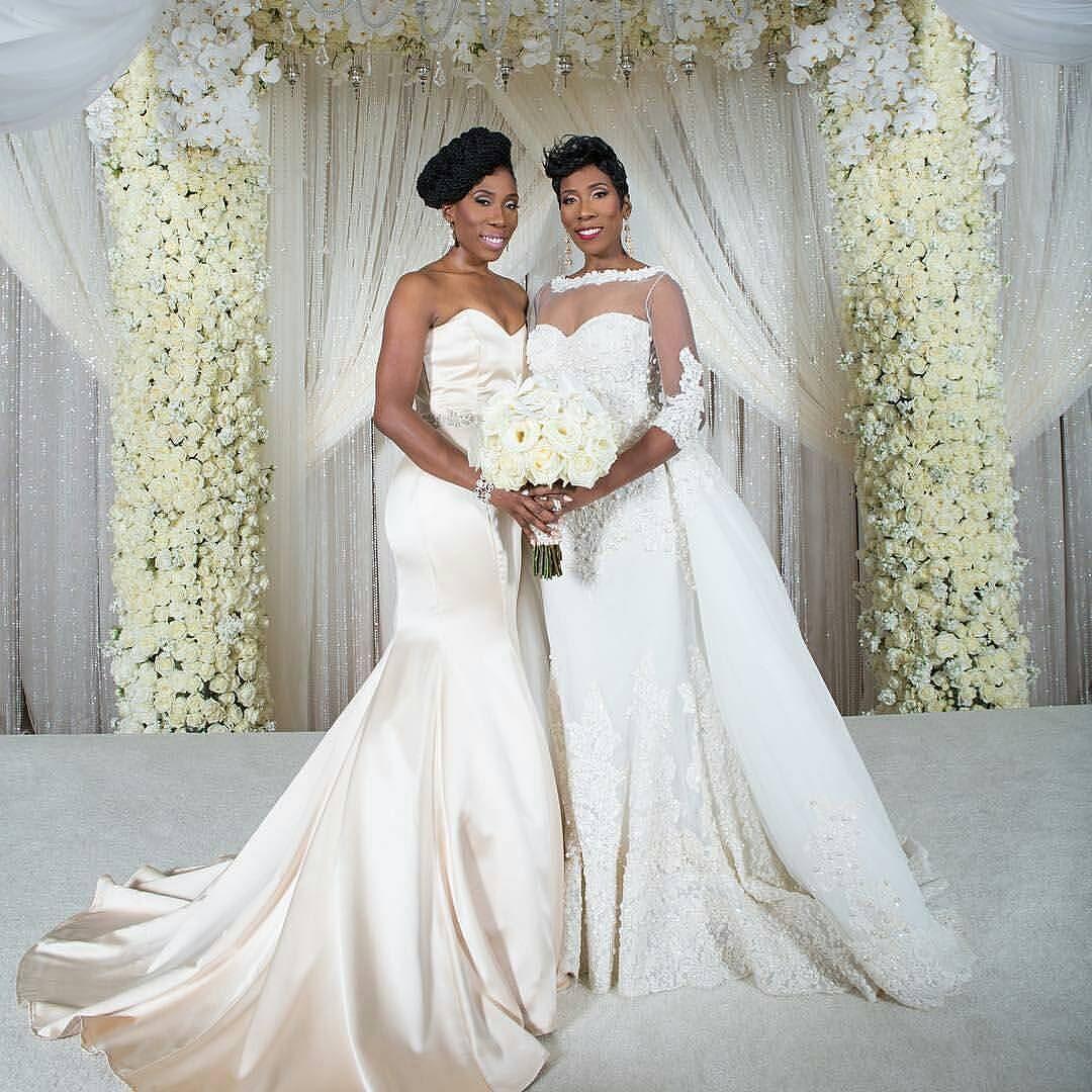 Twins They Will Always Have One Another S Backs Iamkarliraymond And Her Twin Iambrandiharvey Sterlingpics Munaluchibrid Crystal Wedding Dresses Beautiful Bride Victoria Wedding