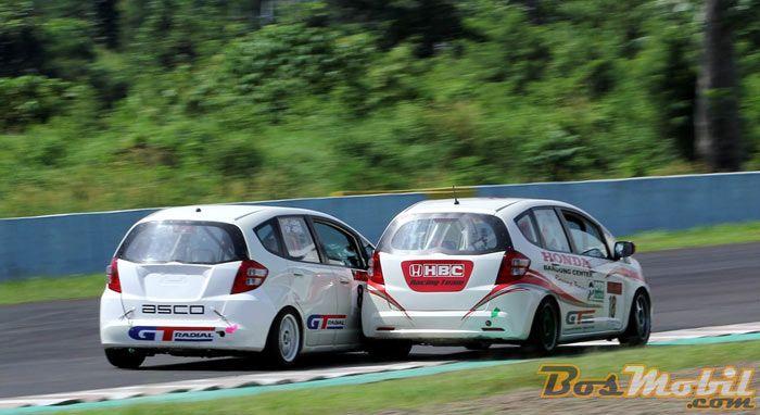 Haridarma Manopo Menang Lagi Di Honda Jazz Speed Challenge 8 Info Bosmobil Honda Mobil Balap Mobil