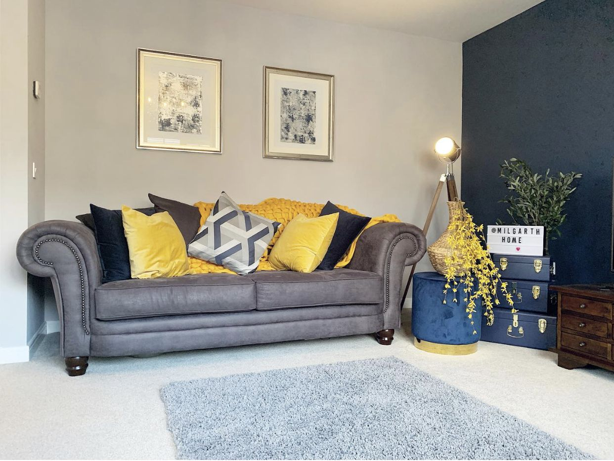 10+ Amazing Navy Grey And Mustard Living Room