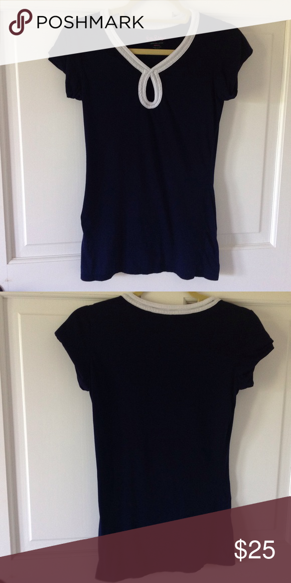 Lilly Pulitzer Keyhole Front Top Lilly Pulitzer Pima Cotton Top. Keyhole. White trim. Navy Blue. Size XS Worn 1x Lilly Pulitzer Tops Tees - Short Sleeve