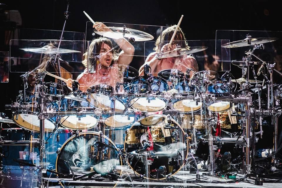 The greatest drummer in the world   30 seconds to mars