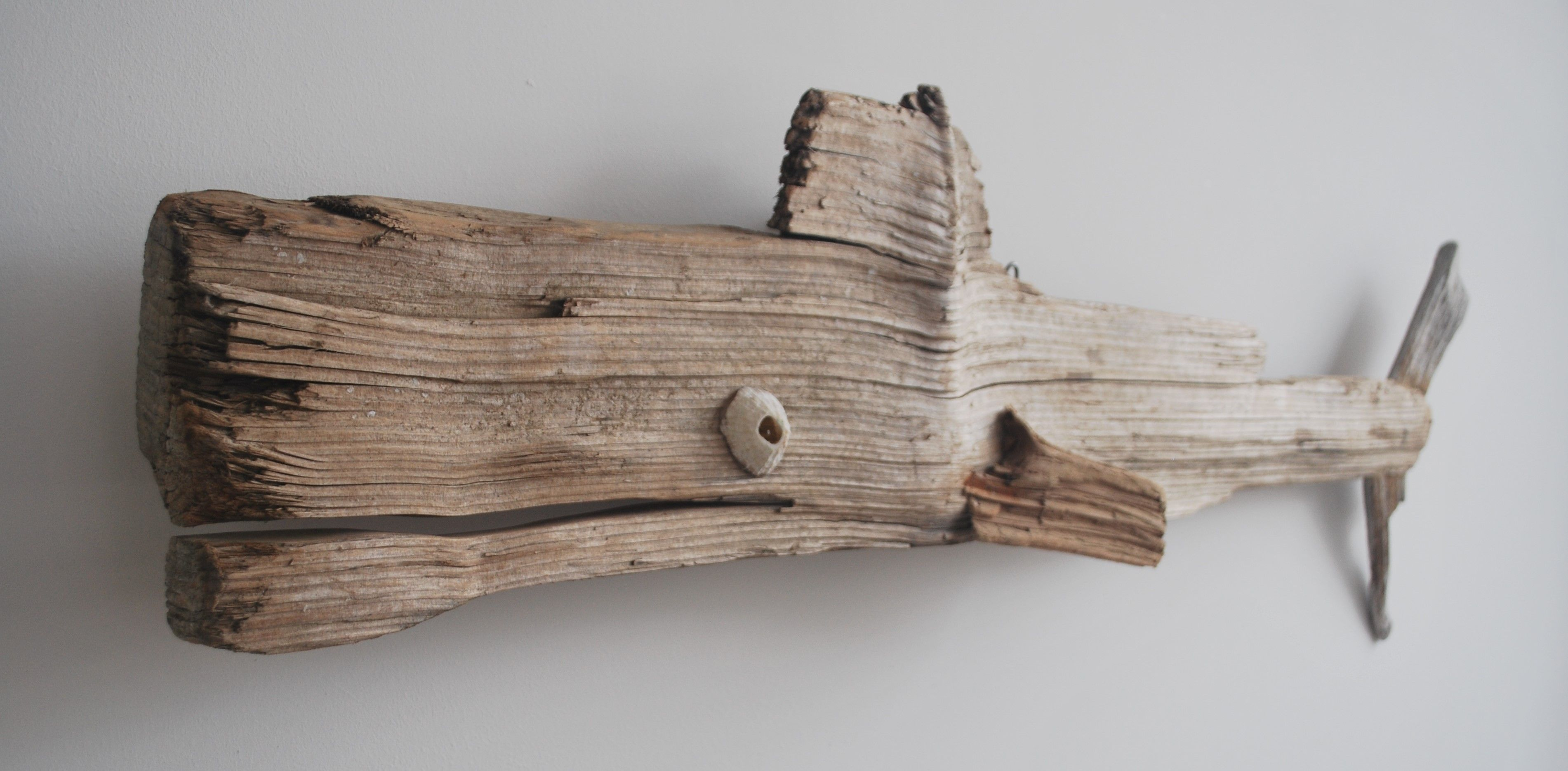 driftwood projects A use for my stones and driftwood driftwood project tutorial at find this pin and more on driftwood projects by claire barber get back to nature with this very inexpensive gift.