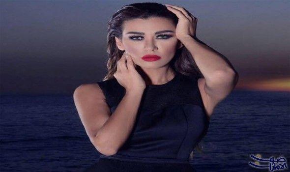 نادين الراسي تستعيد عافيتها عقب خروجها من المستشفى أك دت الفنانة اللبنانية نادين الراسي أن ها استعادت عافيتها ب Fashion Sleeveless Dress Fictional Characters
