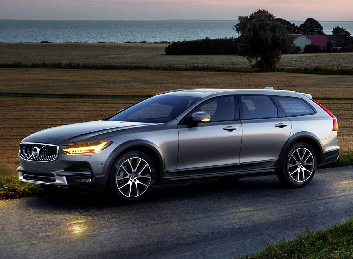 2018 volvo cross country release date price facelift news