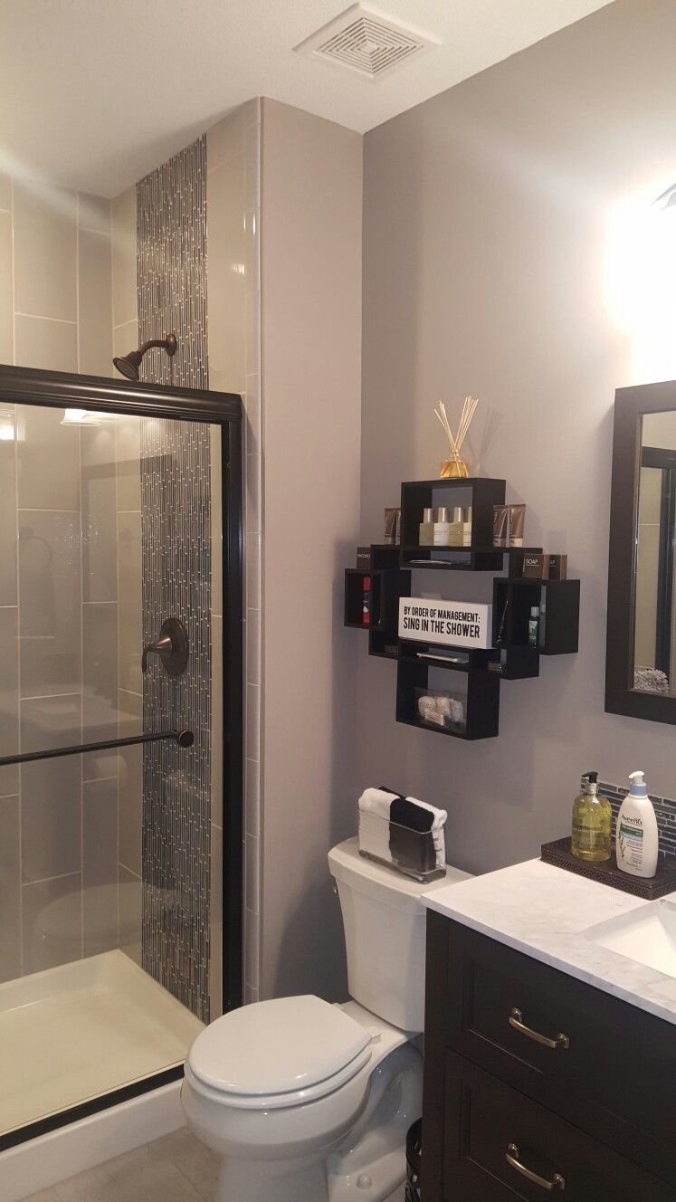 Great way to display bath items for your guests. | Top bathroom design, Bath remodel, Bathroom design