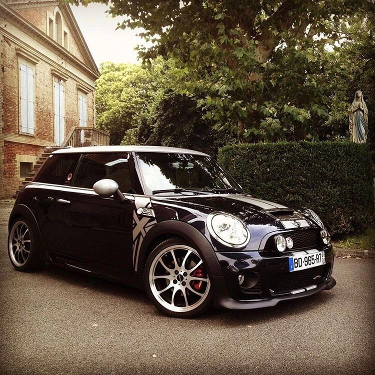 mini cooper s r56 black and white minni cooper bmw. Black Bedroom Furniture Sets. Home Design Ideas