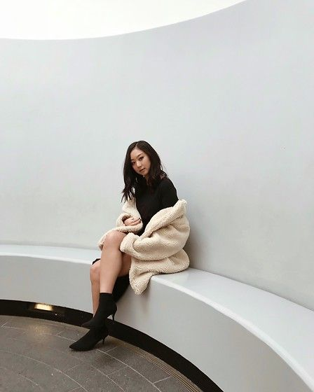 Get this look: http://lb.nu/look/8912025  More looks by Tiffany Wang: http://lb.nu/tiffwang  Items in this look:  H&M Teddy Coat   #chic #edgy #elegant #teddycoat #hm #holidayparty #partydress
