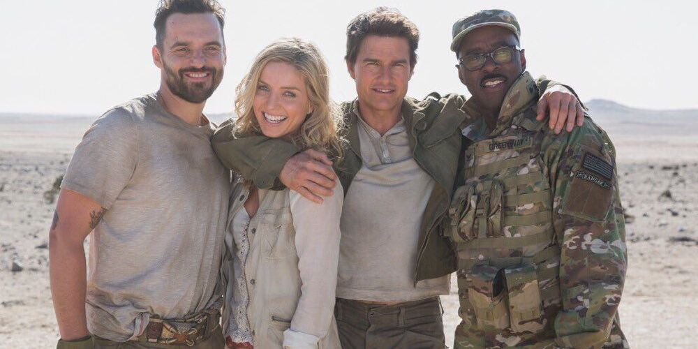 The Mummy Stars Pose for Cast Photo