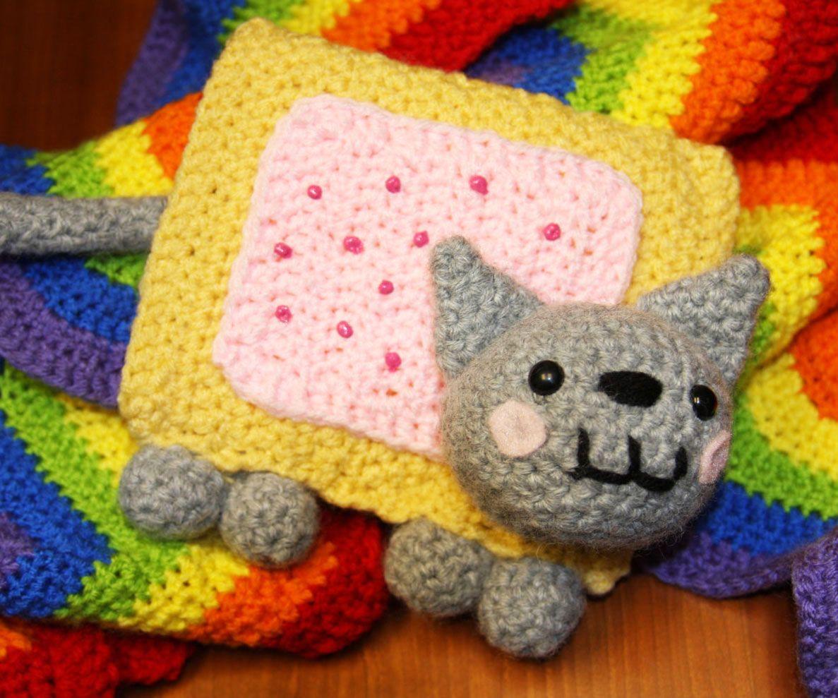 Nyan Cat Musical Scarf