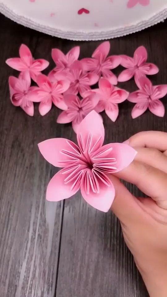 Paper flowers art