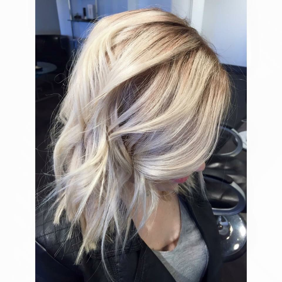 Platinum Blonde Blonde Hair Rooty Balayage Blonde Balayage Color