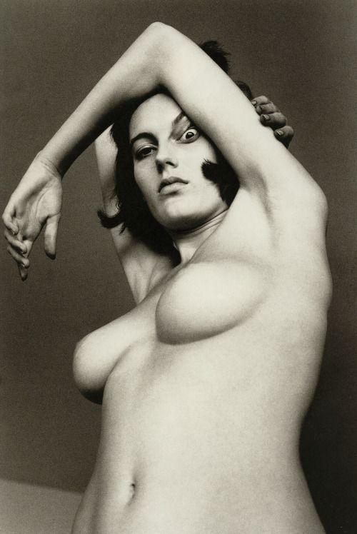 Dancer nude helmut newton photo 995
