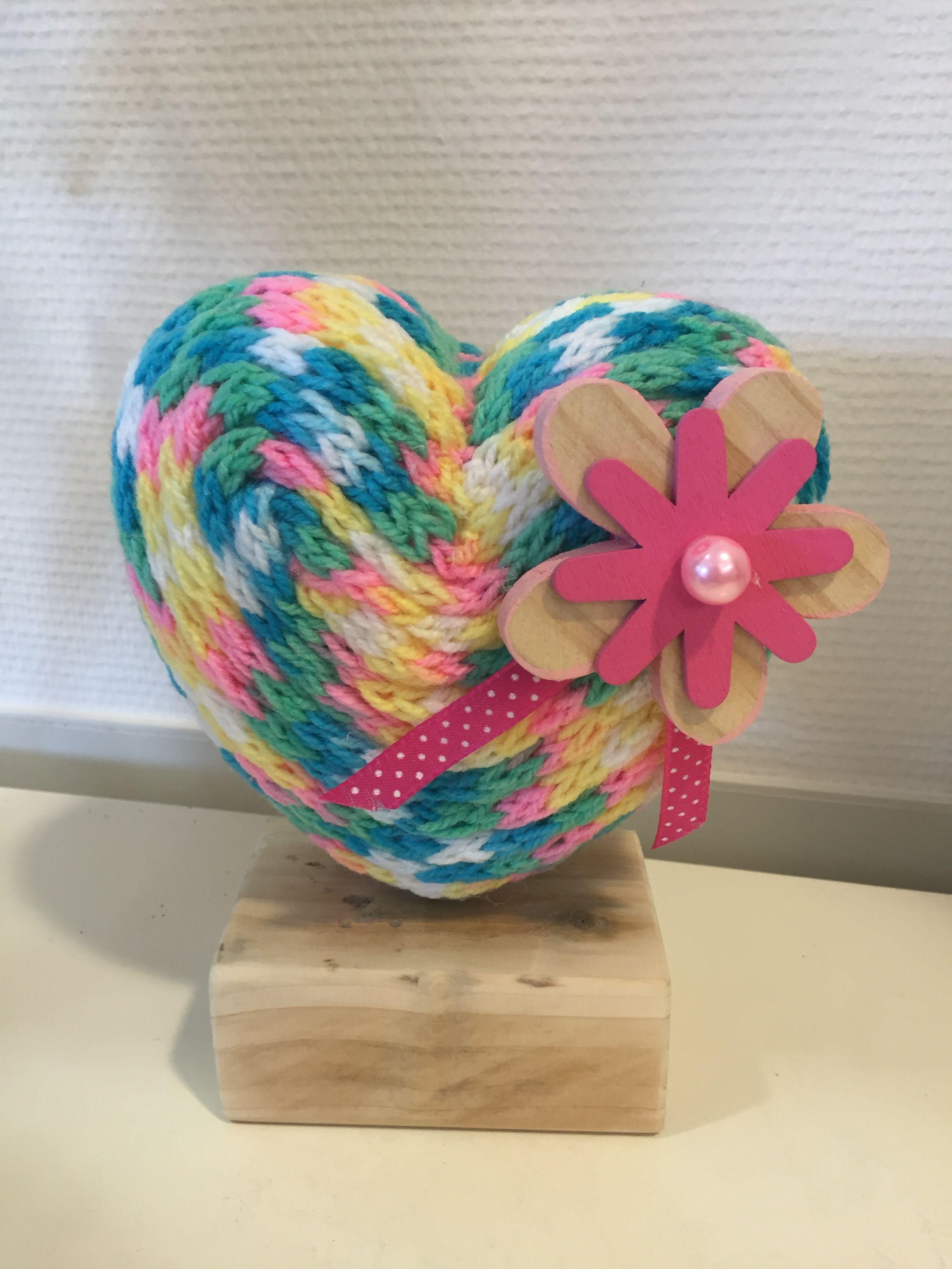 Punniken hartje   Crochet and spool knitting   Pinterest   Loom ...