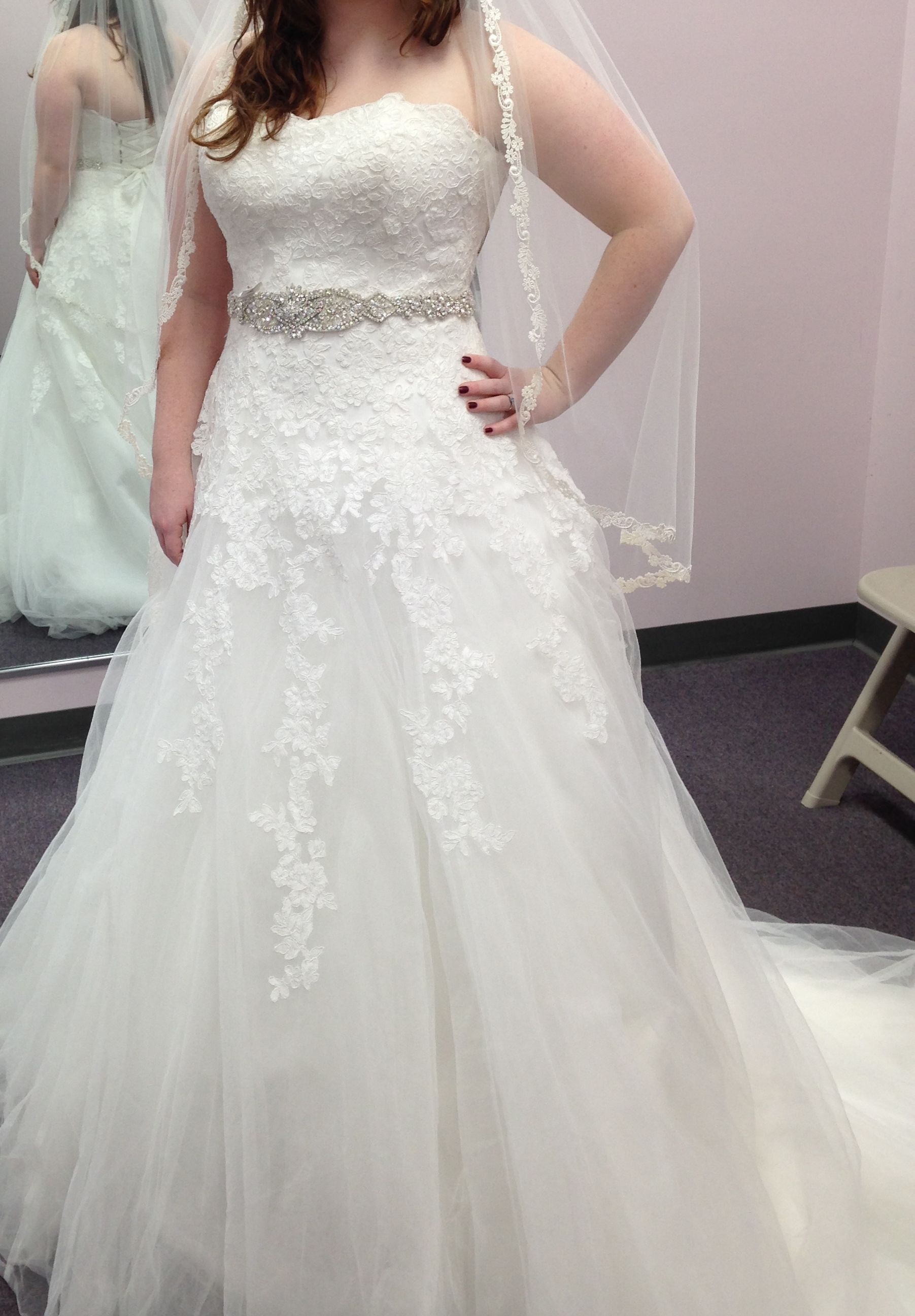 This Lace Wedding Gown Has A Nice Rhinestone Belt That Is Detachable The Strapless Line Style Works Great On Many Figures Contact Us Directly To See How