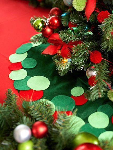 15 christmas tree skirts to make tree skirts christmas tree and 21st 15 christmas tree skirts to make diy solutioingenieria Image collections