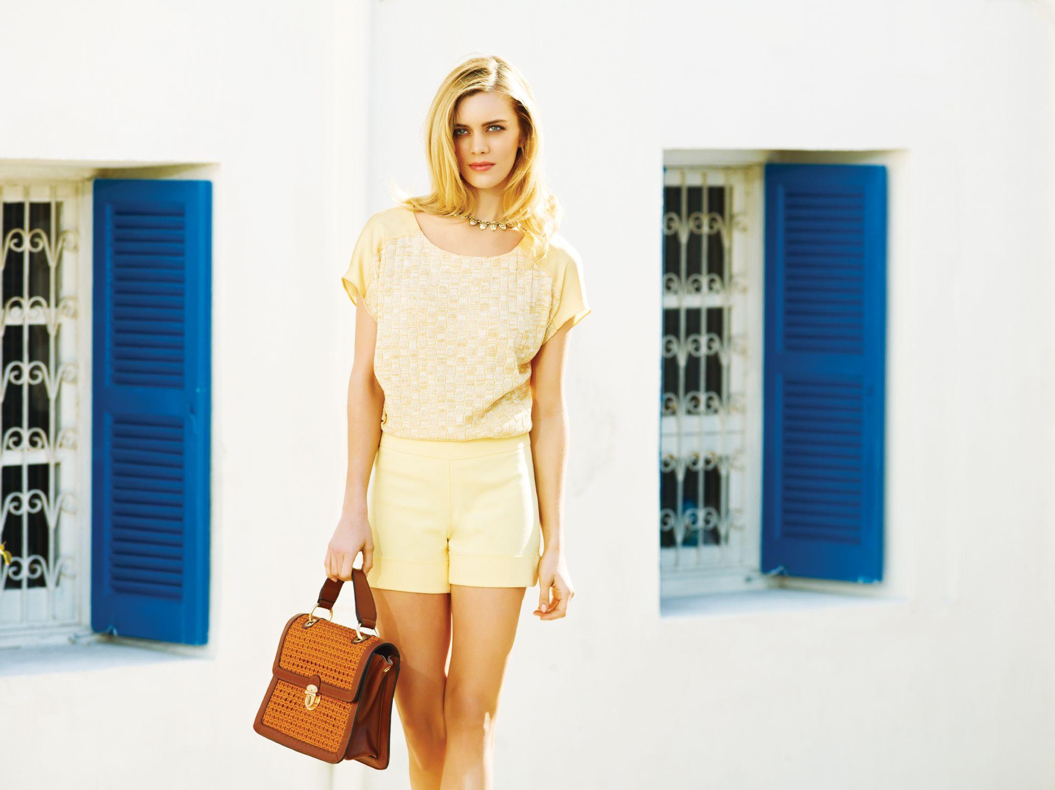 Moda Dunyasinin Guclu Markasi Adl Working Chic Koleksiyonuyla 2013 E Hizli Bir Giris Yapiyor Koleksiyonun Fotograflarini Unlu Mod Fashion Mini Dress Dresses