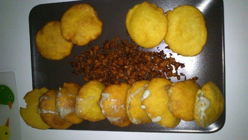 Picadillo Con Tortos Rellenos De Crema De Queso Cabrales Food