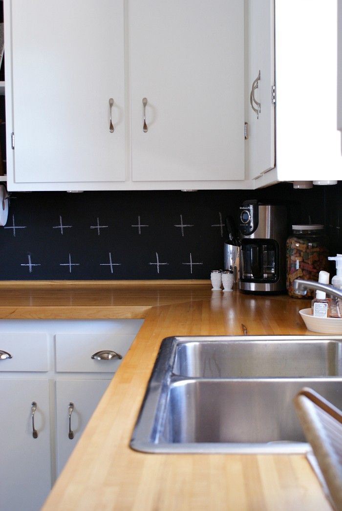 Chalkboard Paint Backsplash budget kitchen update. black and white. diy chalkboard paint