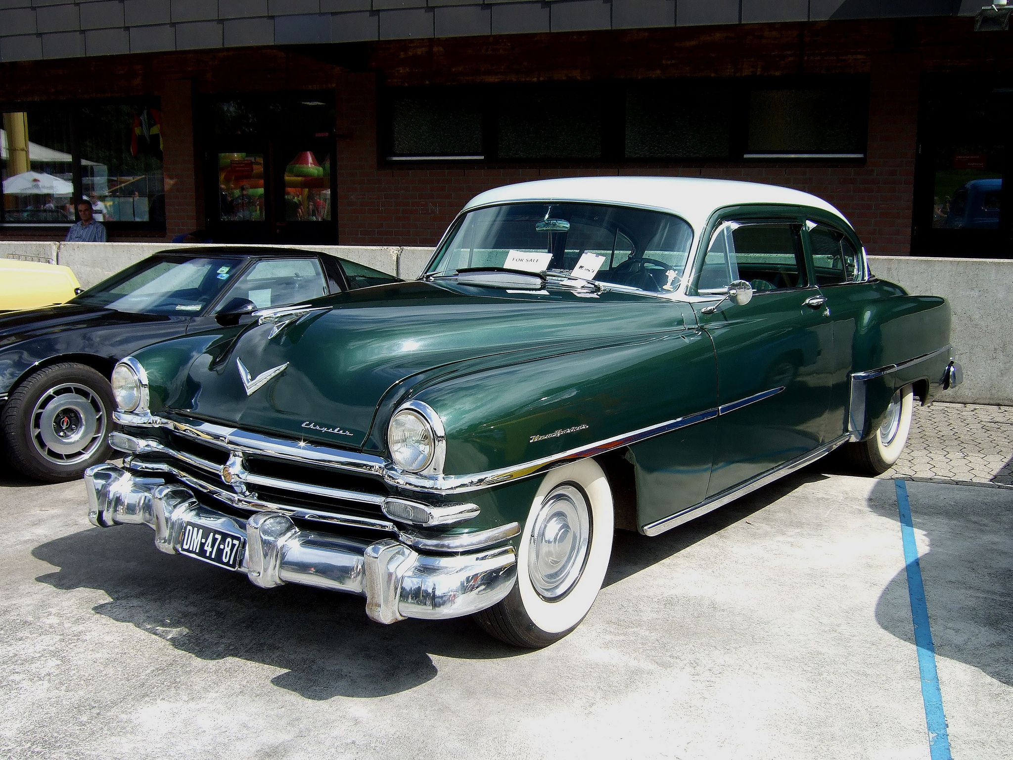 1953 Chrysler New Yorker Club Coupe Maintenance/restoration of old/vintage vehicles: the material for new cogs/casters/gears/pads could be cast polyamide which I (Cast polyamide) can produce. My contact: tatjana.alic@windowslive.com