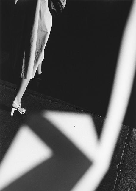 Ray K. Metzker, Quand les mains tissent la lumière, Photographie, Galerie les Douches, Paris, France | Art Limited