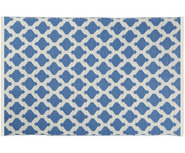 1da95a02d3 Entdecken Sie den handgewebten In- und Outdoorteppich Kaheka in Blau, Ecru  jetzt auf WestwingNow. Lassen Sie sich von weiteren Teppichen v…
