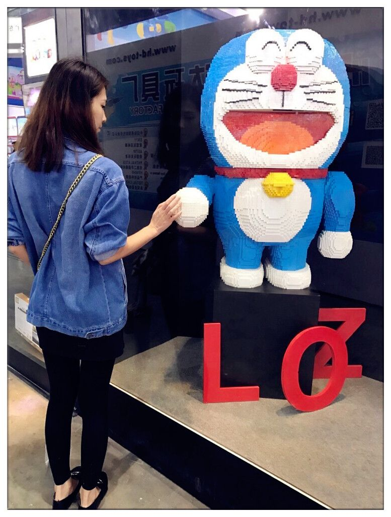 hi hold out our hands and let s be good friends doraemon ドラえもん lozblock loz nanoblock lego ナノブロック anime friends cart doraemon building blocks cartoon