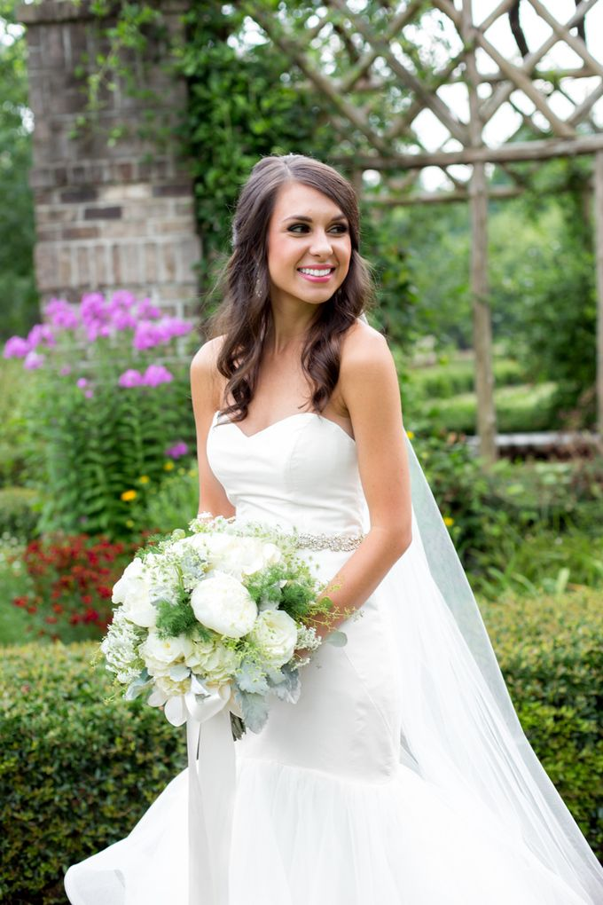 ea56d5bb2f71a Tiffany L. Johnson » Photography & Graphic Design Bride is wearing Blush by Hayley  Paige River Style 1450