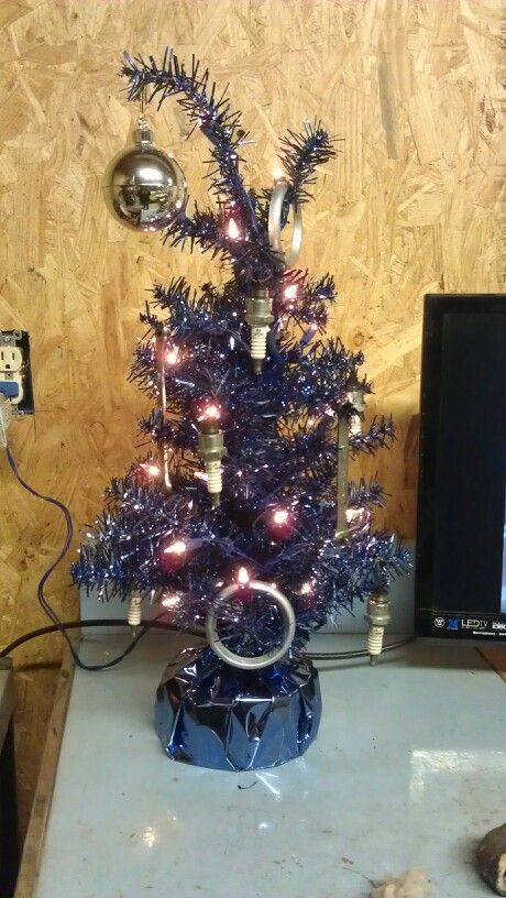 Car Part Christmas Tree Christmas Crafts Christmas Tree Christmas Decorations