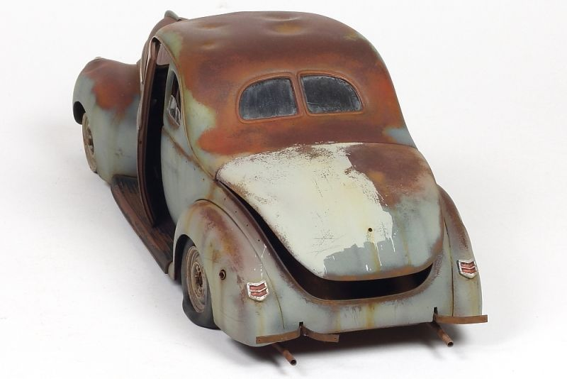 Revell 1:25 scale model 1940 Ford Coupe by John Tolcher