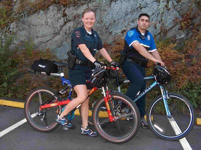 Mountain Bike Patrol Unit In The State Of Alaska Ketchikan Police Department Six Of The Original Eight Members Of Ketchikan S Unit Rode R Bicycle Police Bike