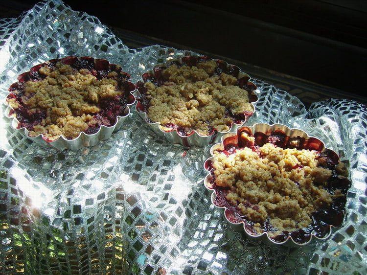 Crumbles aux fruits rouges Fruits, Recette, Cuisine