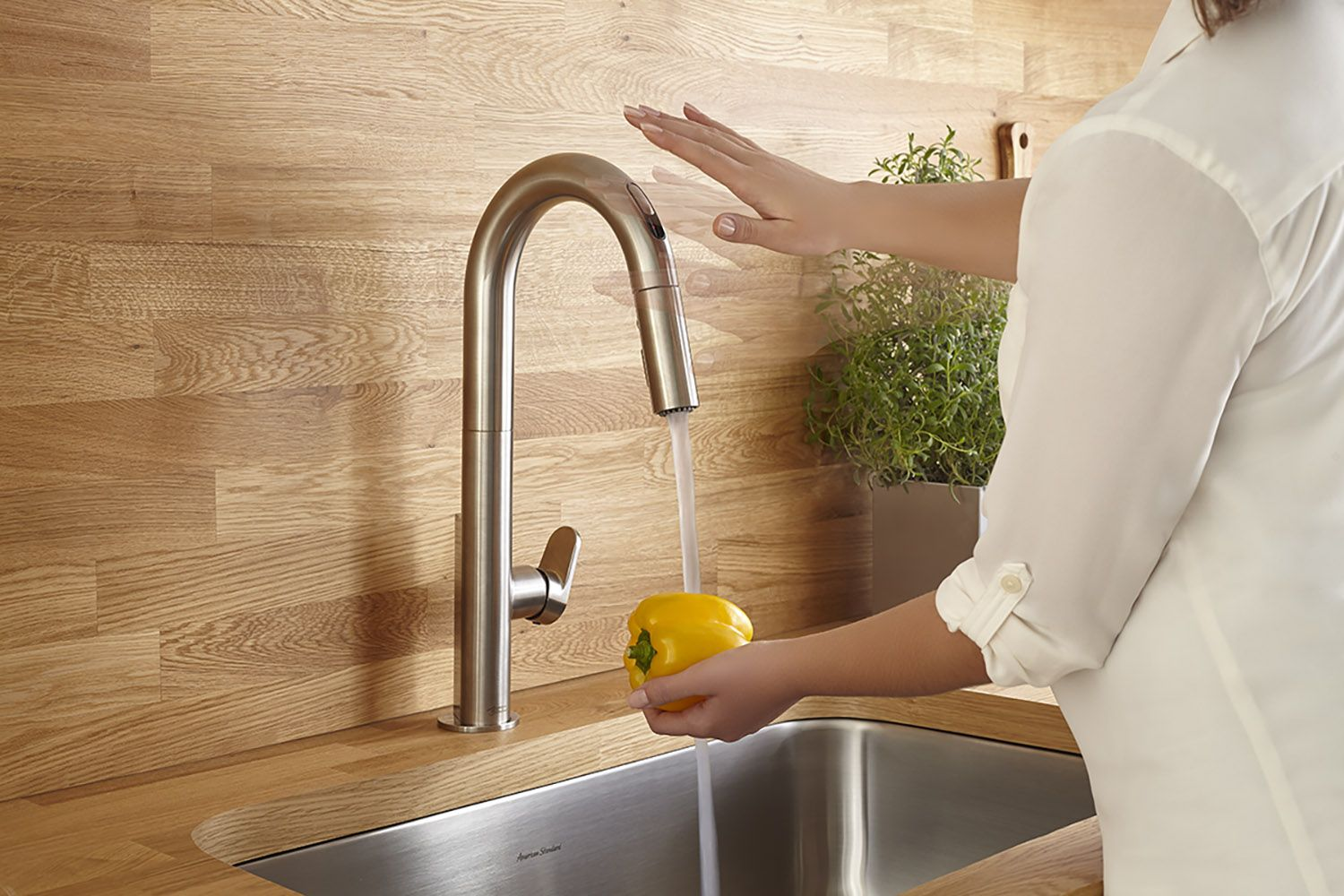 Choose The Best Touchless Kitchen Faucet Right Now Complete