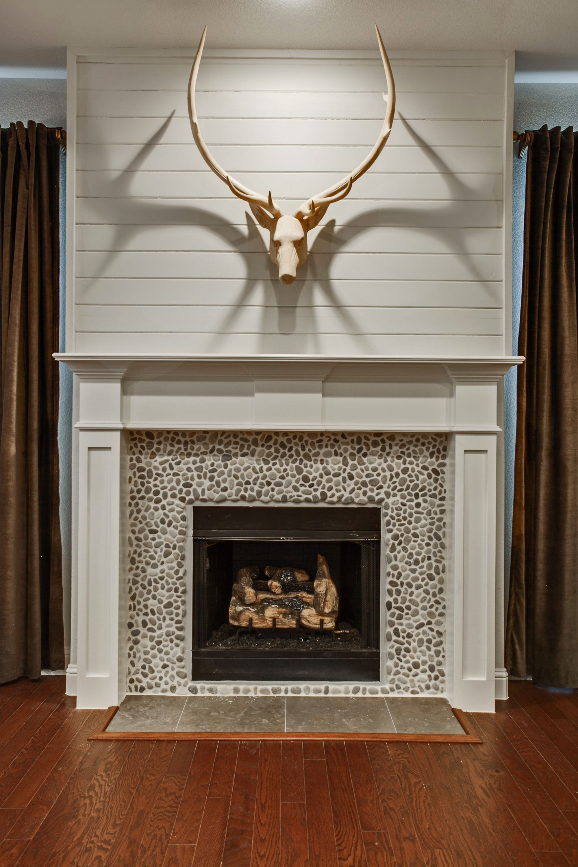 Parks Of Aledo Model Fireplace Stone Fireplace Wooden Mantle
