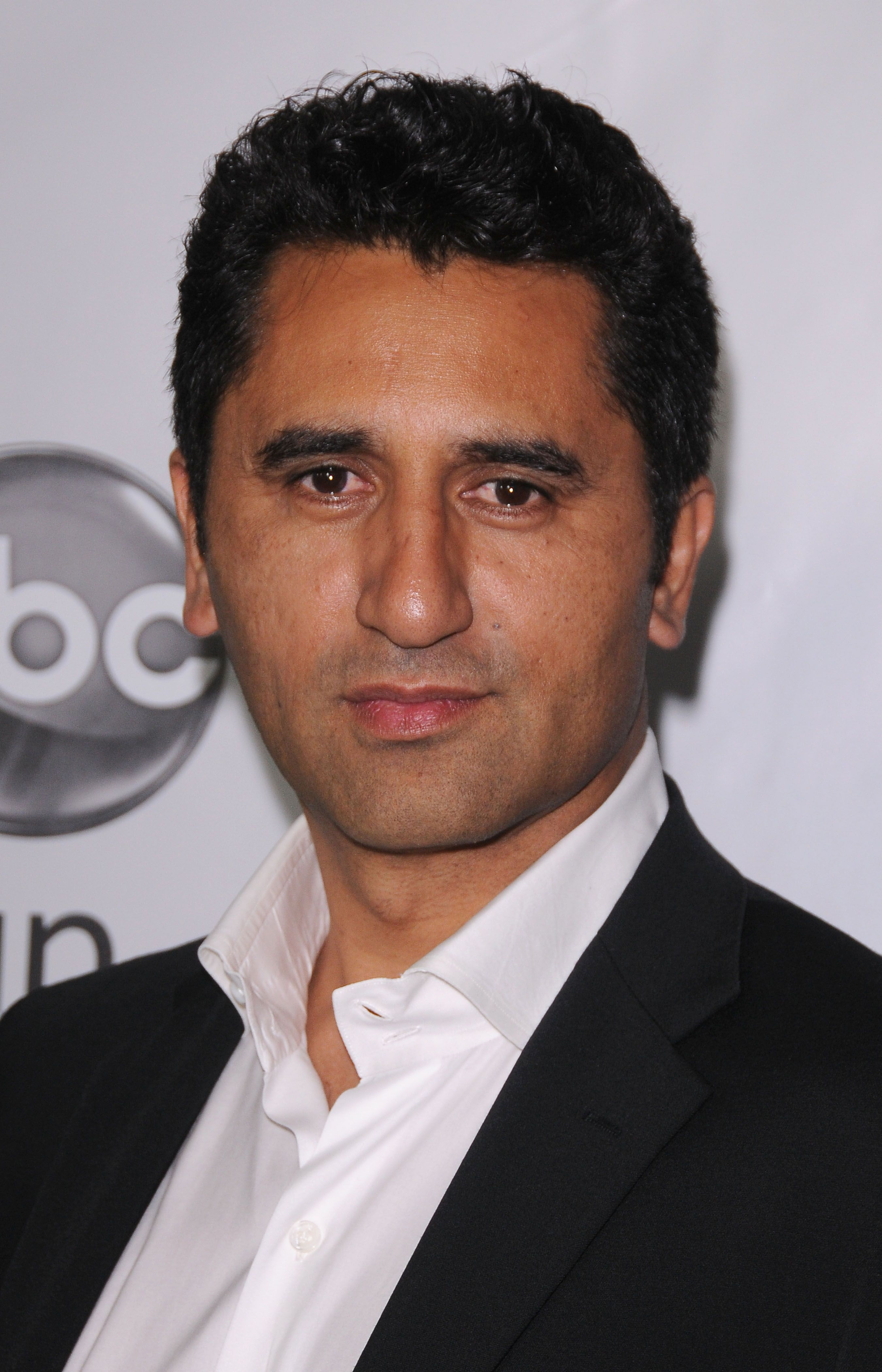 cliff curtis risen