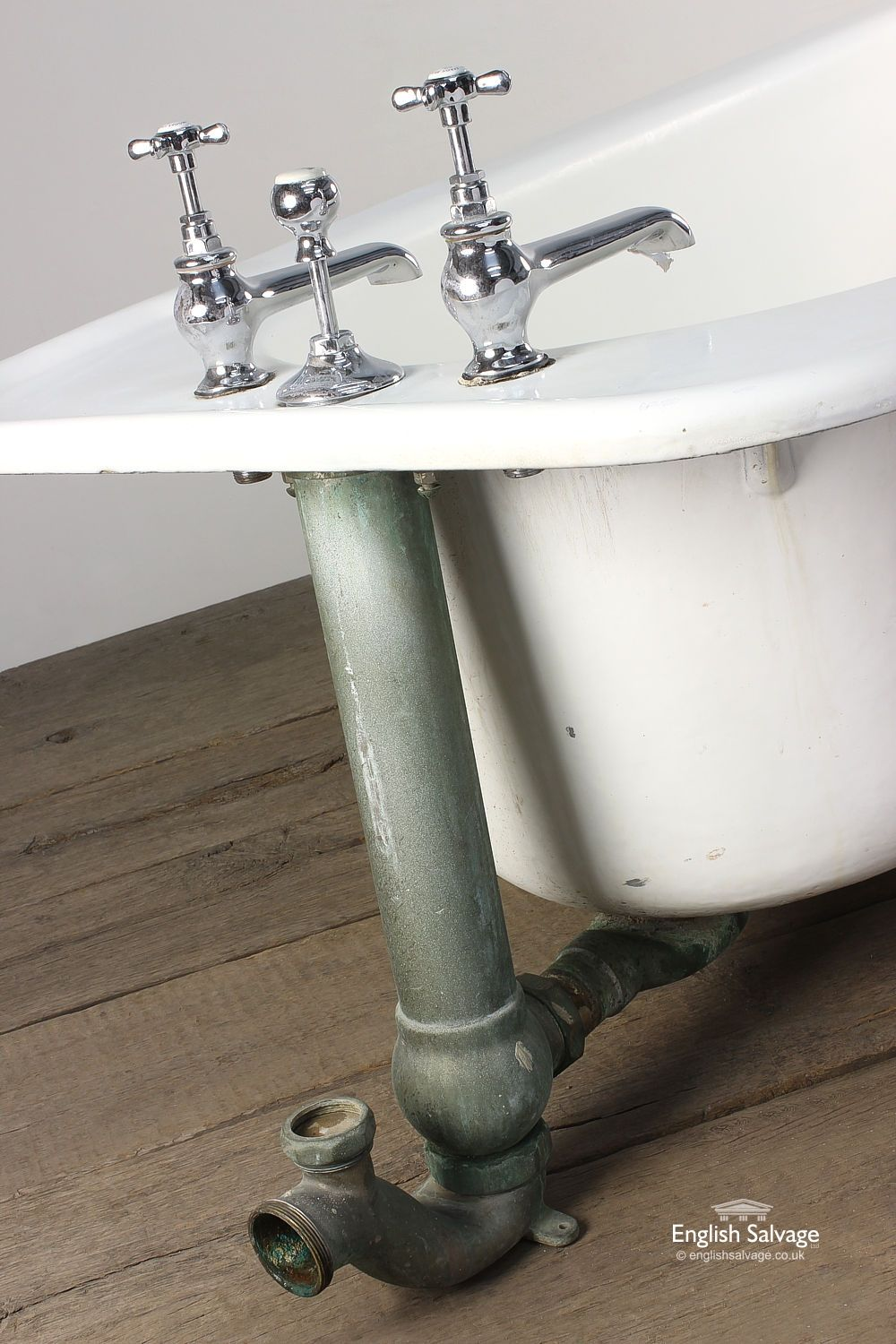 Reclaimed Large Roll Top Bath with Long Taps | Bathrooms, Belfasts ...