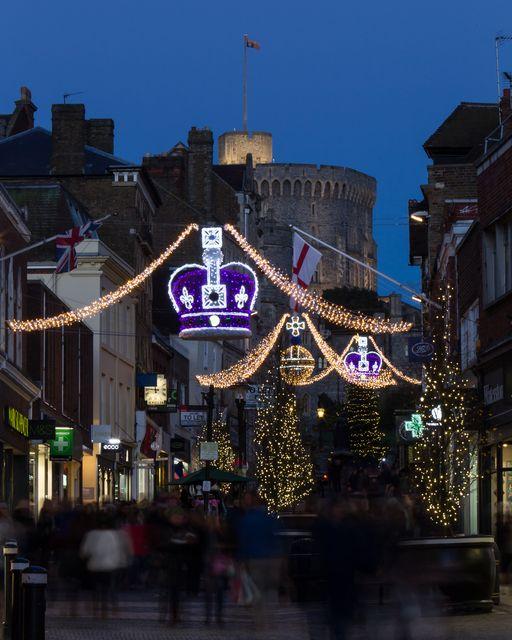 Windsor Castle and Christmas Lights Royal Christmas Pinterest