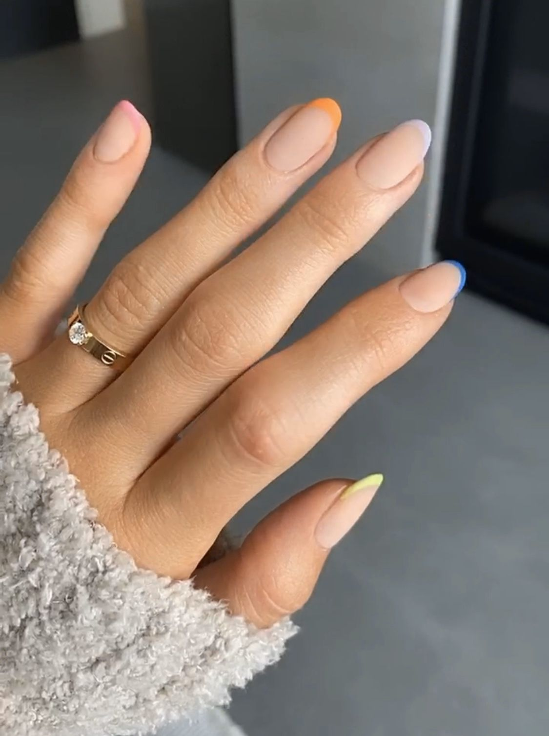 Kylie Jenner In 2020 Pretty Acrylic Nails Kylie Nails Minimalist Nails