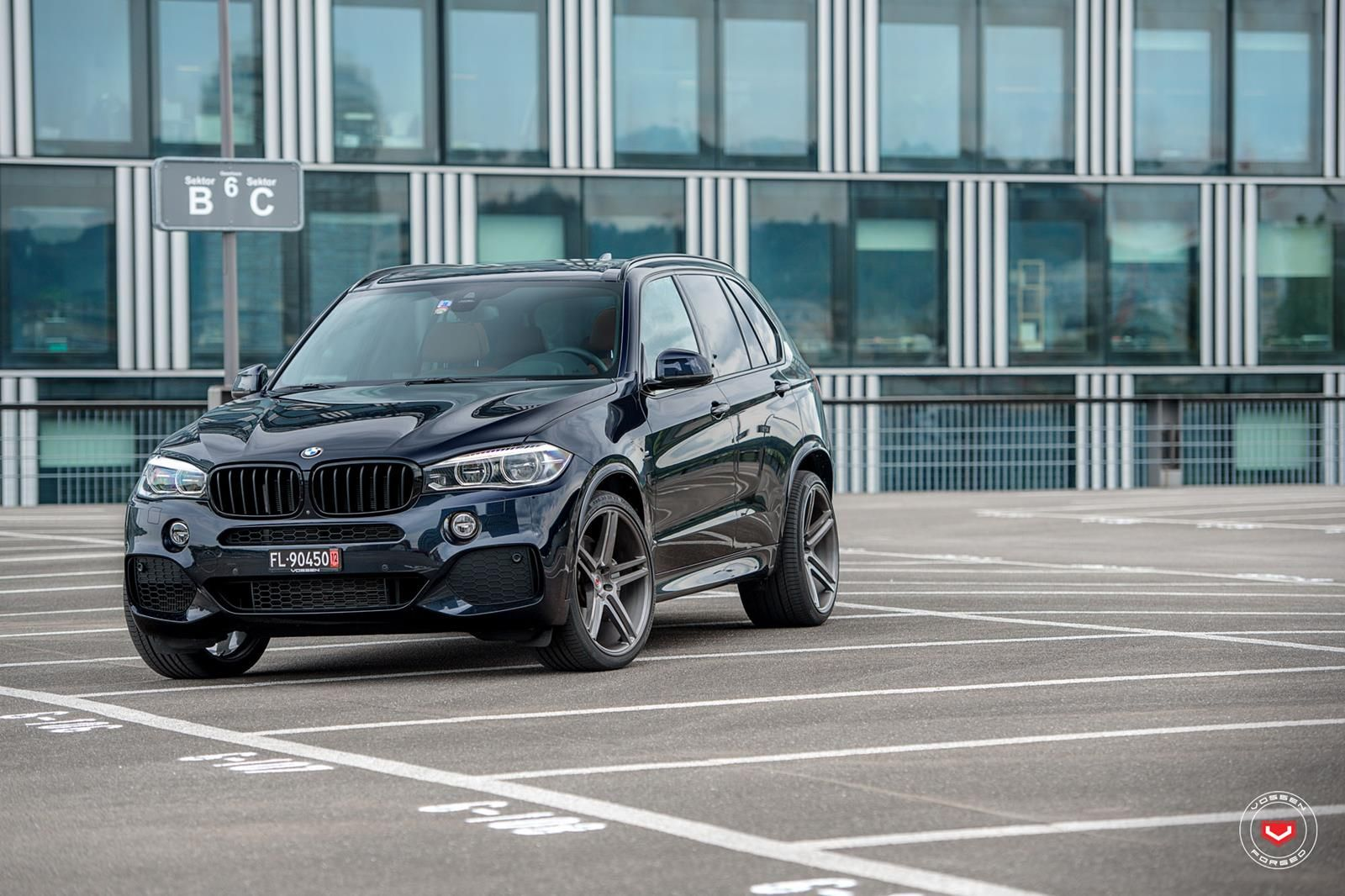 These Custom 22 Wheels Work On Black Bmw X5 Bmw X5