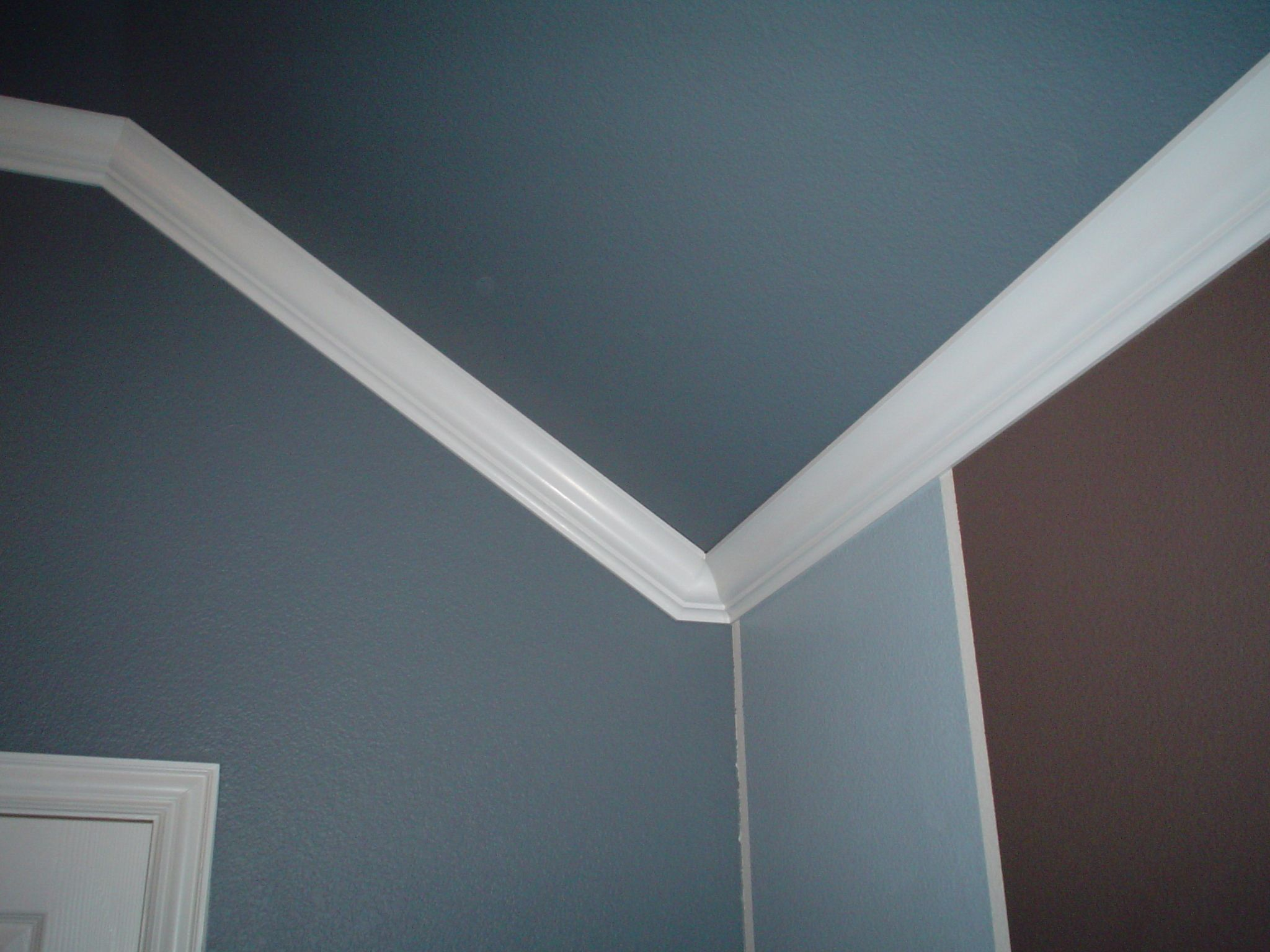 angled ceiling crown molding in corner example | Next project ...