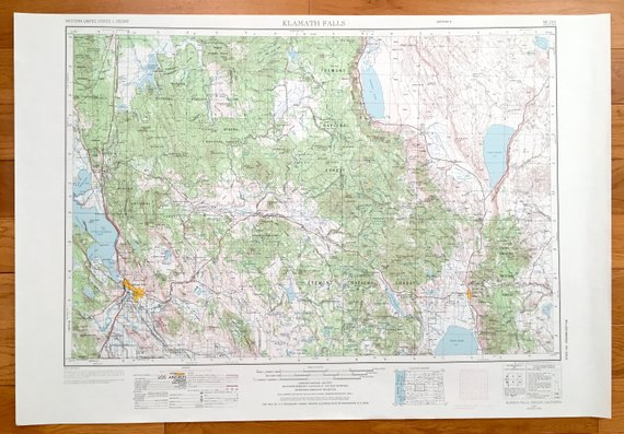 Antique Klamath Falls, Oregon 1970 US Geological Survey Topographic on corvallis or map, milton freewater or map, culver or map, lake county or map, douglas county or map, waldport or map, medford or map, mitchell or map, eugene or map, lane county or map, brookings or map, bend or map, roseburg or map, tidewater or map, huntington or map, hermiston or map, hood river or map, lakeview or map, boring or map, prineville or map,