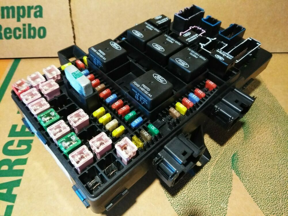 2003 2004 2005 2006 Lincoln Navigator Ford Expedition Fuse Box Panel Relay Power Ford Expedition Lincolnnavigator N Fuse Box Ford Expedition Used Car Parts
