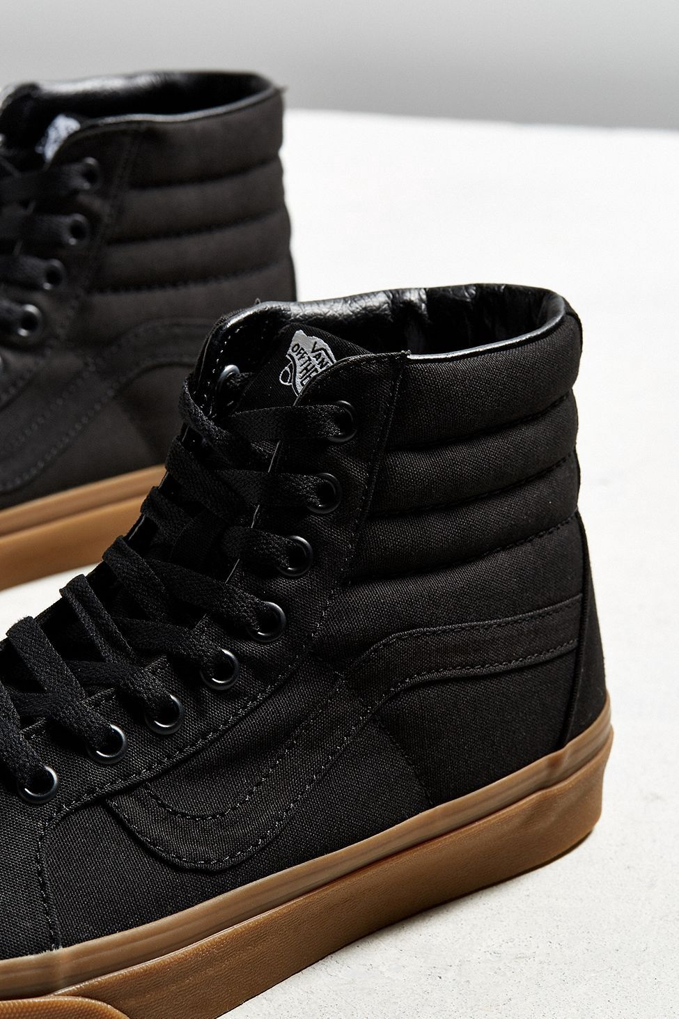8c62ed4293bc61 Urban Outfitters Vans Sk8-Hi Reissue Gum Sole Sneaker - M 9 W 10.5 One Size