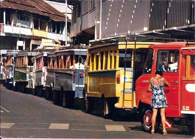 Public Transport Les Trucks Papeete Street Voyage Tahiti Tahiti Polynesie Francaise