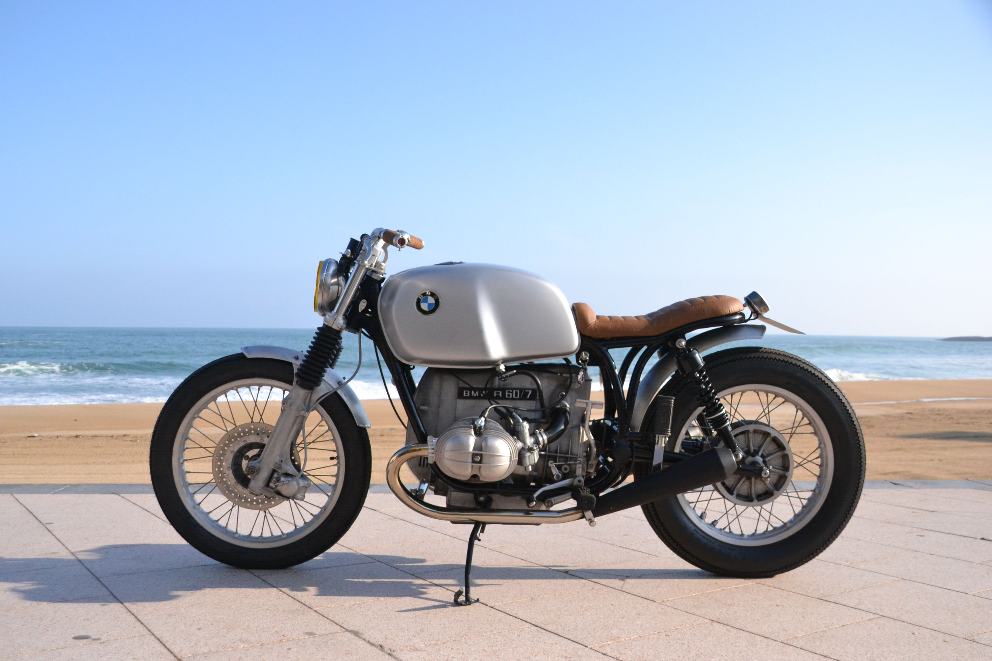bmw r60 7 au wheels and waves motorbikes design bmw. Black Bedroom Furniture Sets. Home Design Ideas