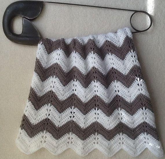 Gray chevron ripple baby blanket baby afghan crochet grey and white ...