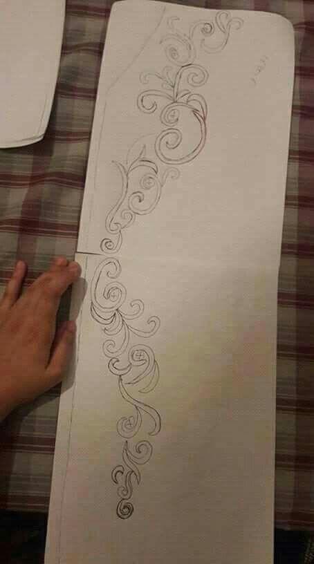 Pin de fatiha en Caftans   Pinterest   Bordado, Dibujo geométrico y ...