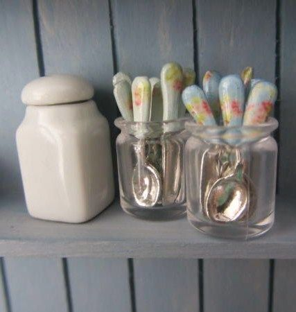 how to: patterned handle mini flatware---- Very easy
