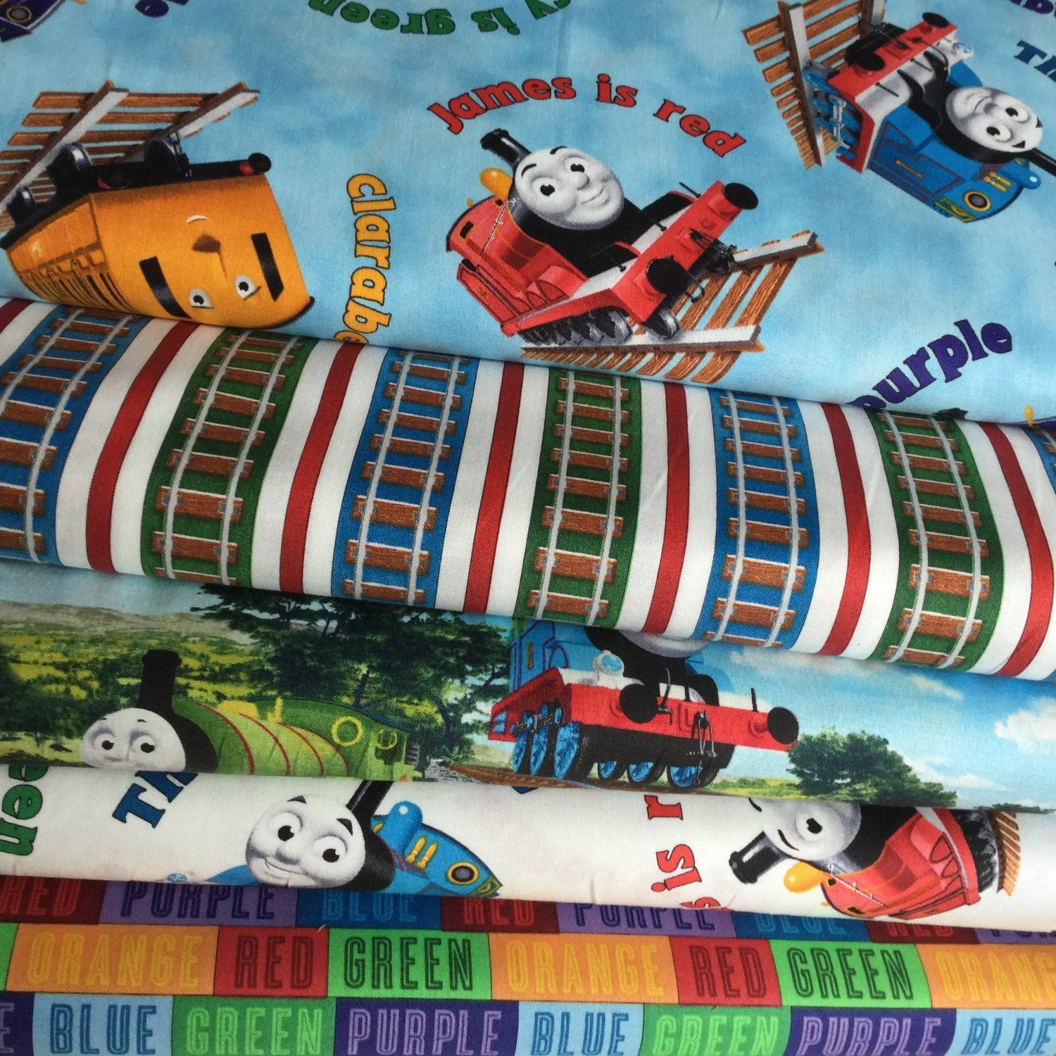 Thomas the tank engine fabric bundle 2 5 piece train for Fabric with trains pattern