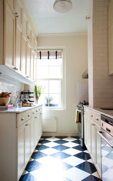 Galley Style Kitchen New York Kitchen Decor Apartment Apartment Kitchen