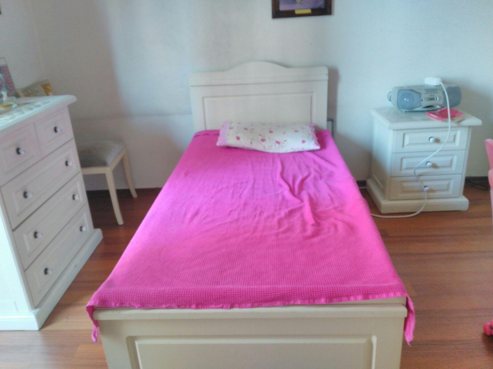 ikinci el yatak odasi takimi yatak